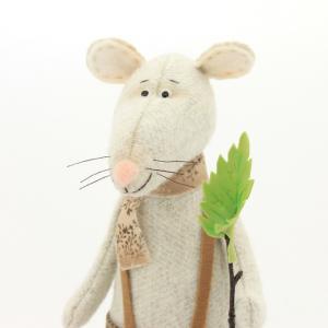 Игрушка Крыс весенний