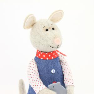 Мышка Маруся