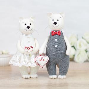 Свадебные коты - символ домашнего очага